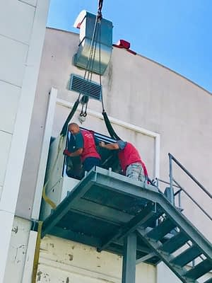 Chamber has to be lifted using a crane